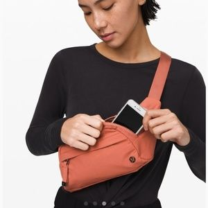 Lululemon On The Beat Belt Bag coral